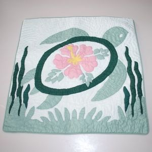 Hawaiian Turtle Hibiscus Quilt Pillow Case Cover